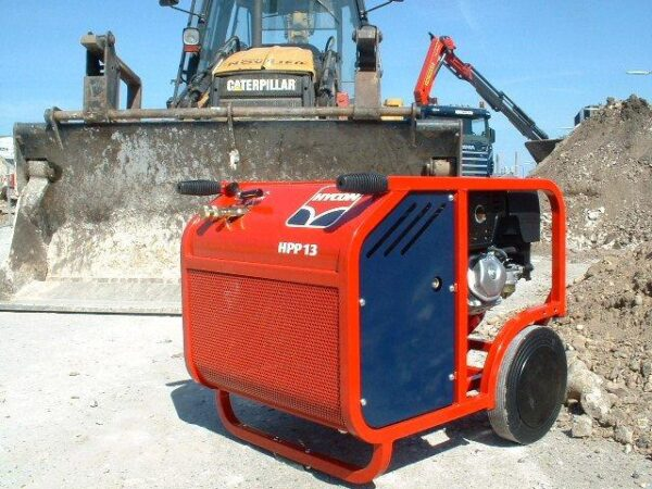 Beaver & Hydraulic Hammer Hycon HPP13